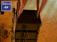 Pohled na line array system SECO CX 2003